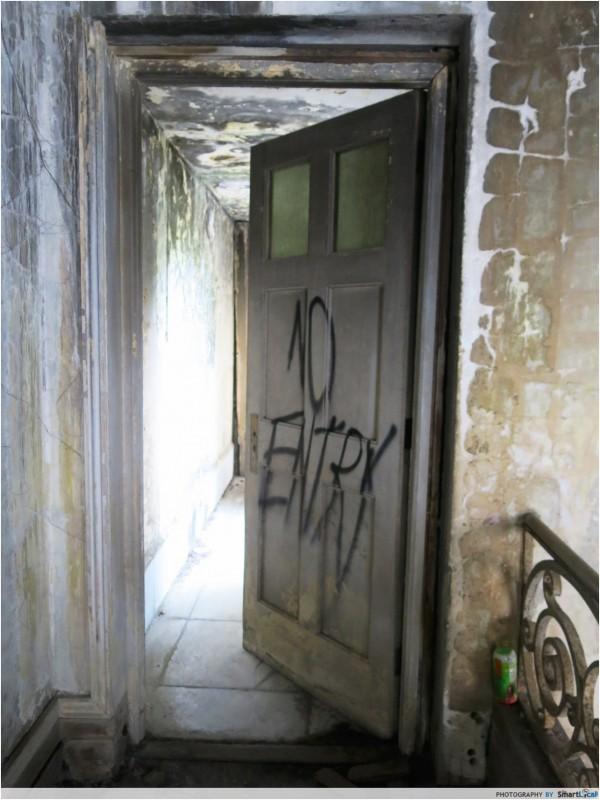 Istana Woodneuk abandoned mansion