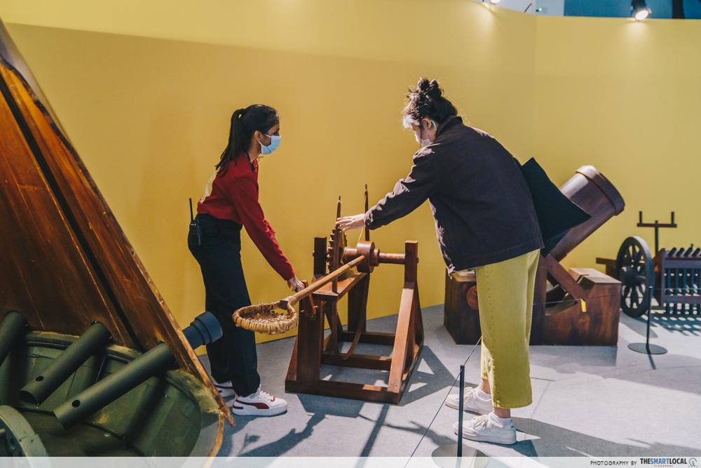 Da Vinci, The Exhibition - Staff Assistance