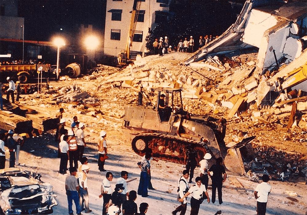 new world hotel disaster