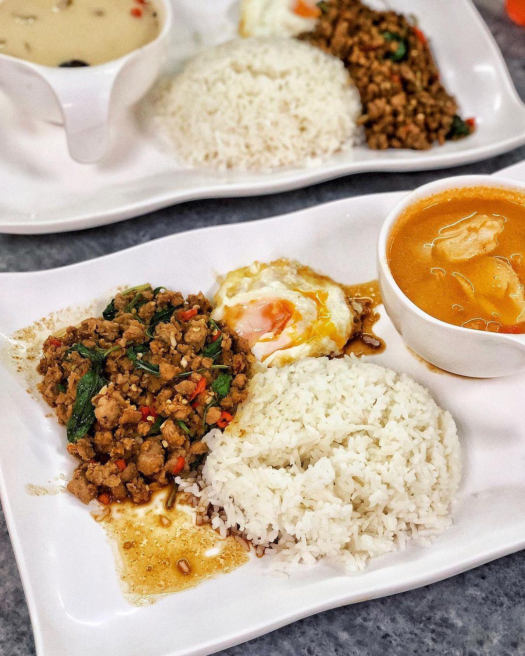 late night date ideas - Diandin Leluk Thai Restaurant