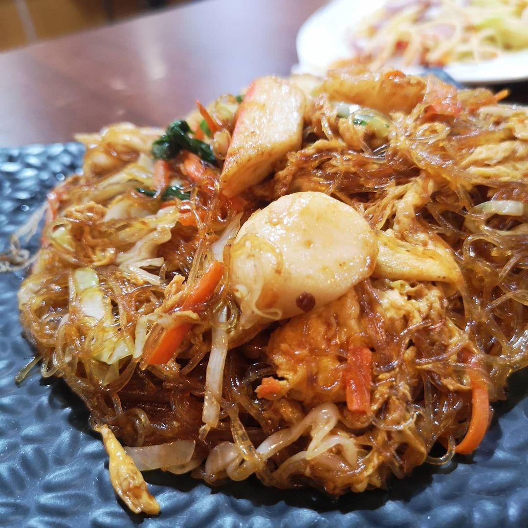 late night date ideas - Nana Thai at Golden Mile Complex