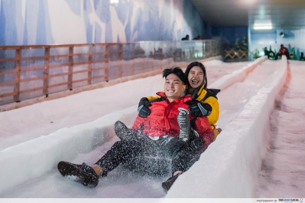 science centre singapore 2021 - snow city luge