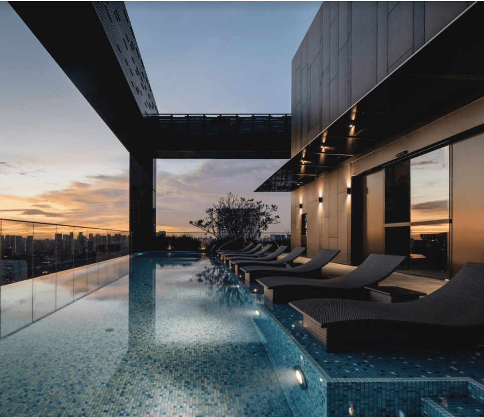 the clan hotel - infinity pool