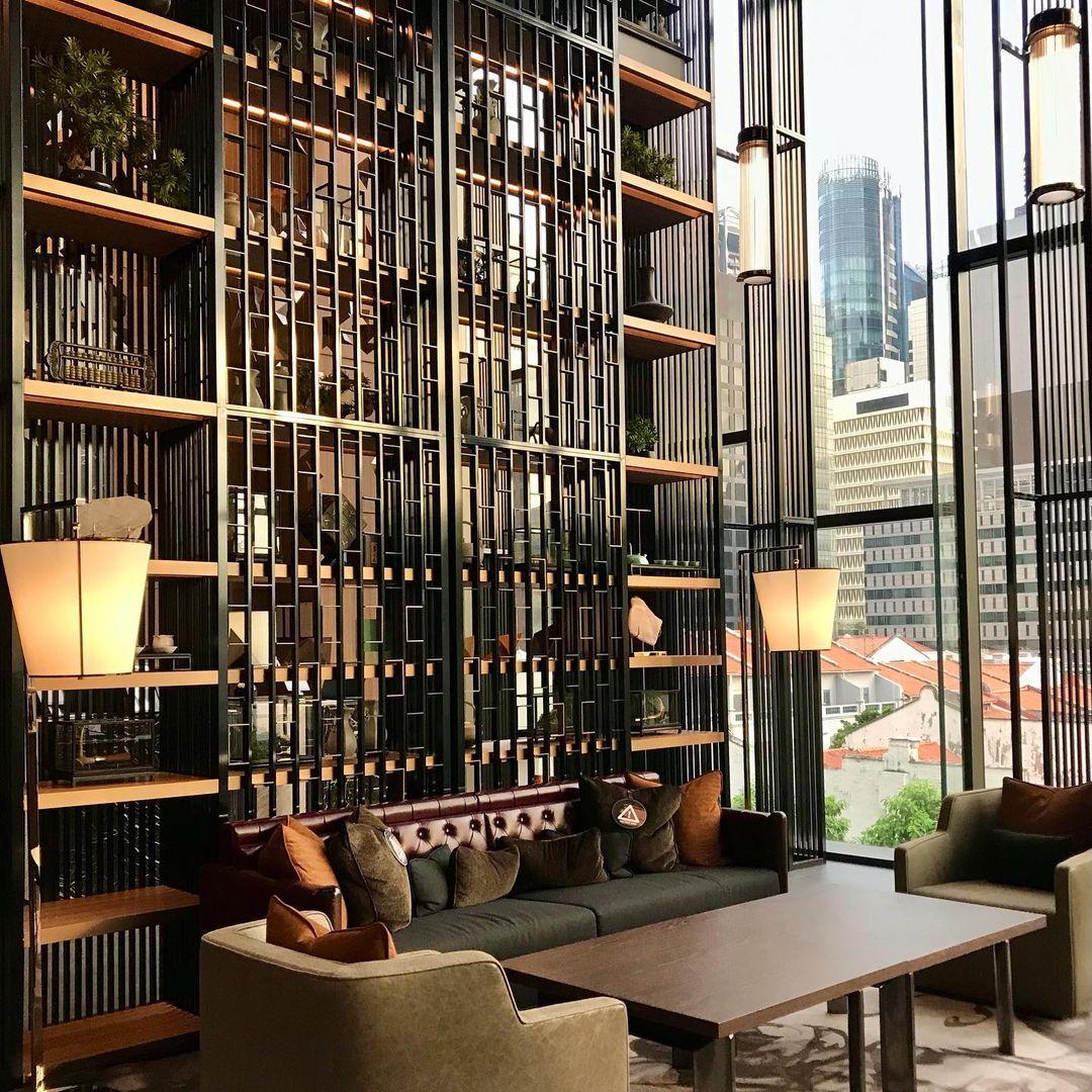 the clan hotel - lobby