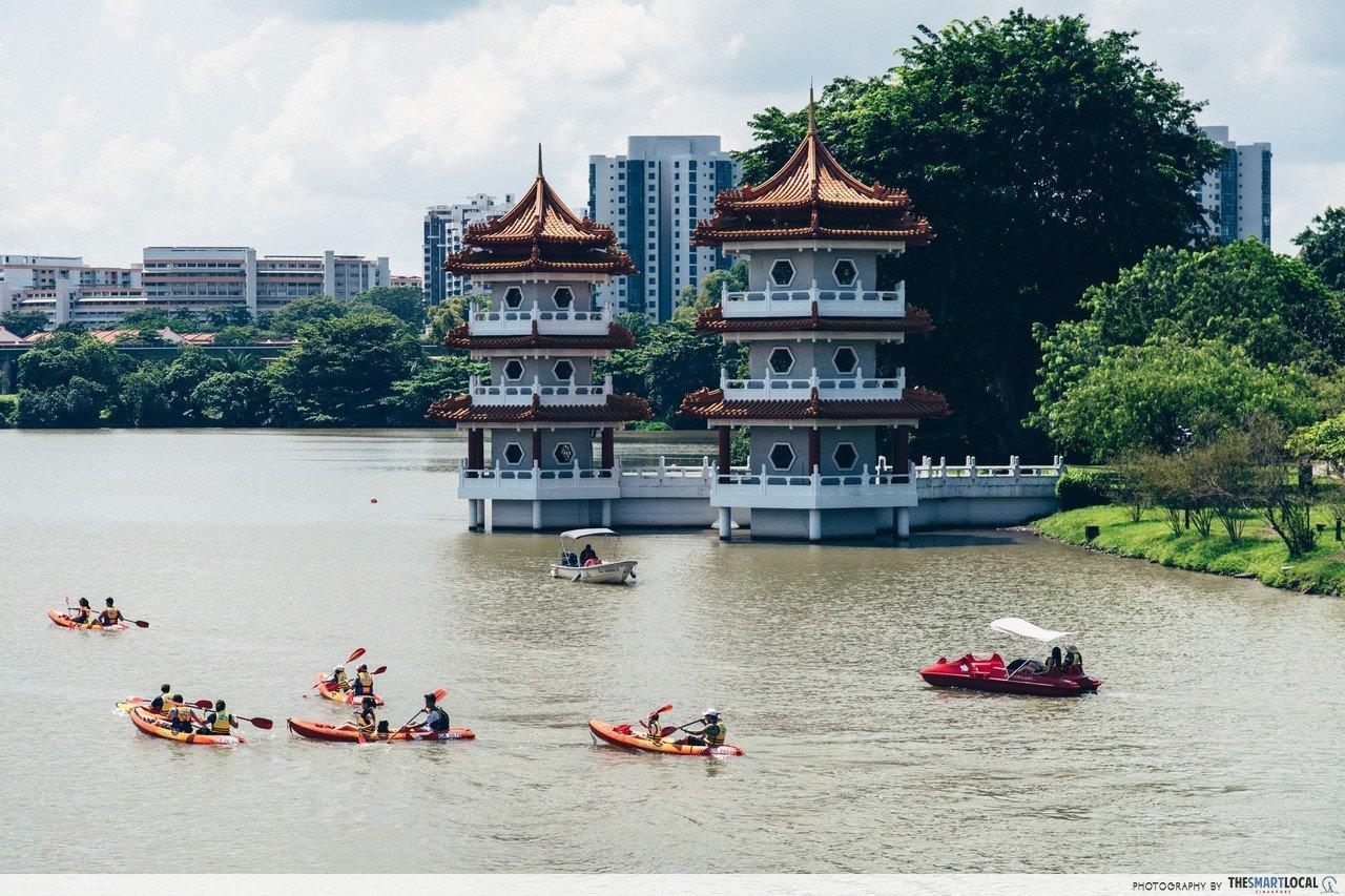 things to do in west singapore - kayaking in jurong lake
