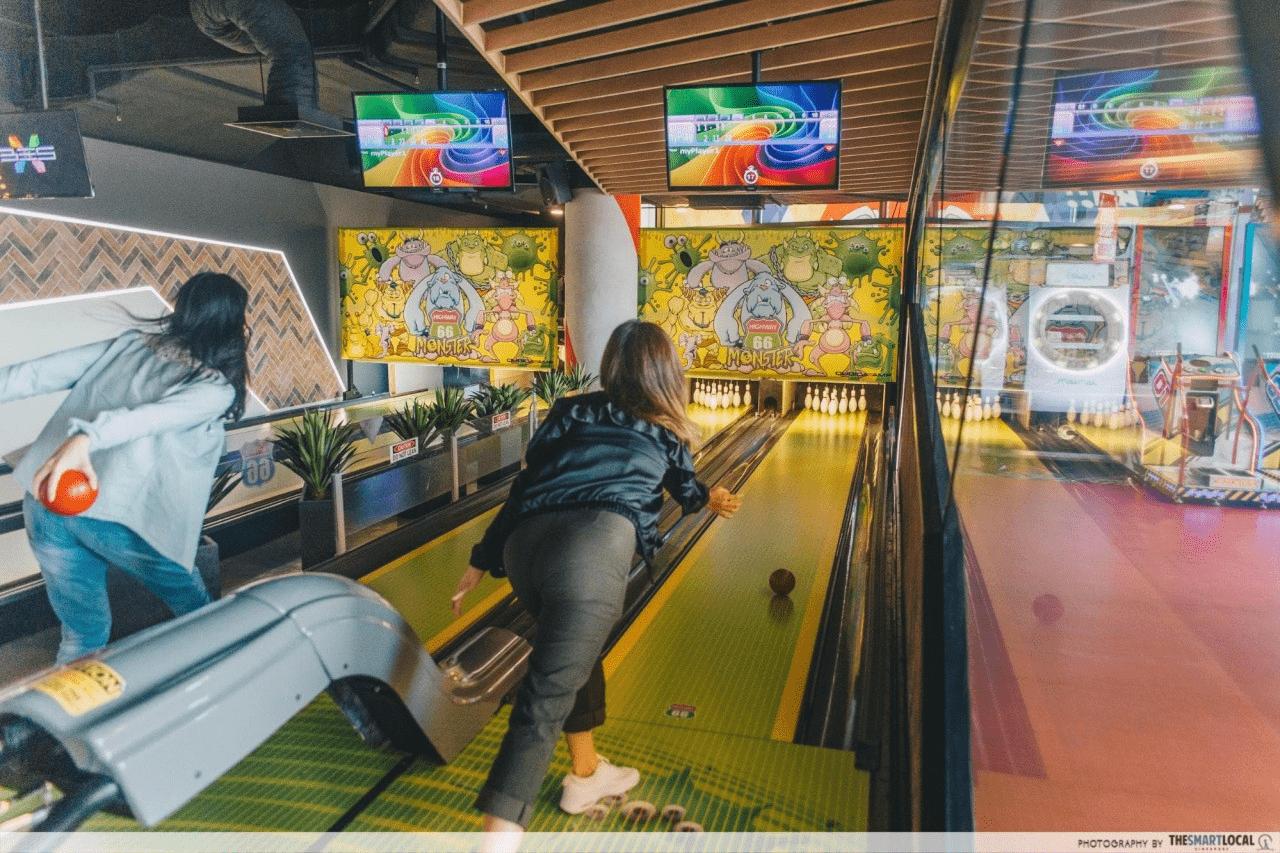 Timezone Arcade Mini Bowling