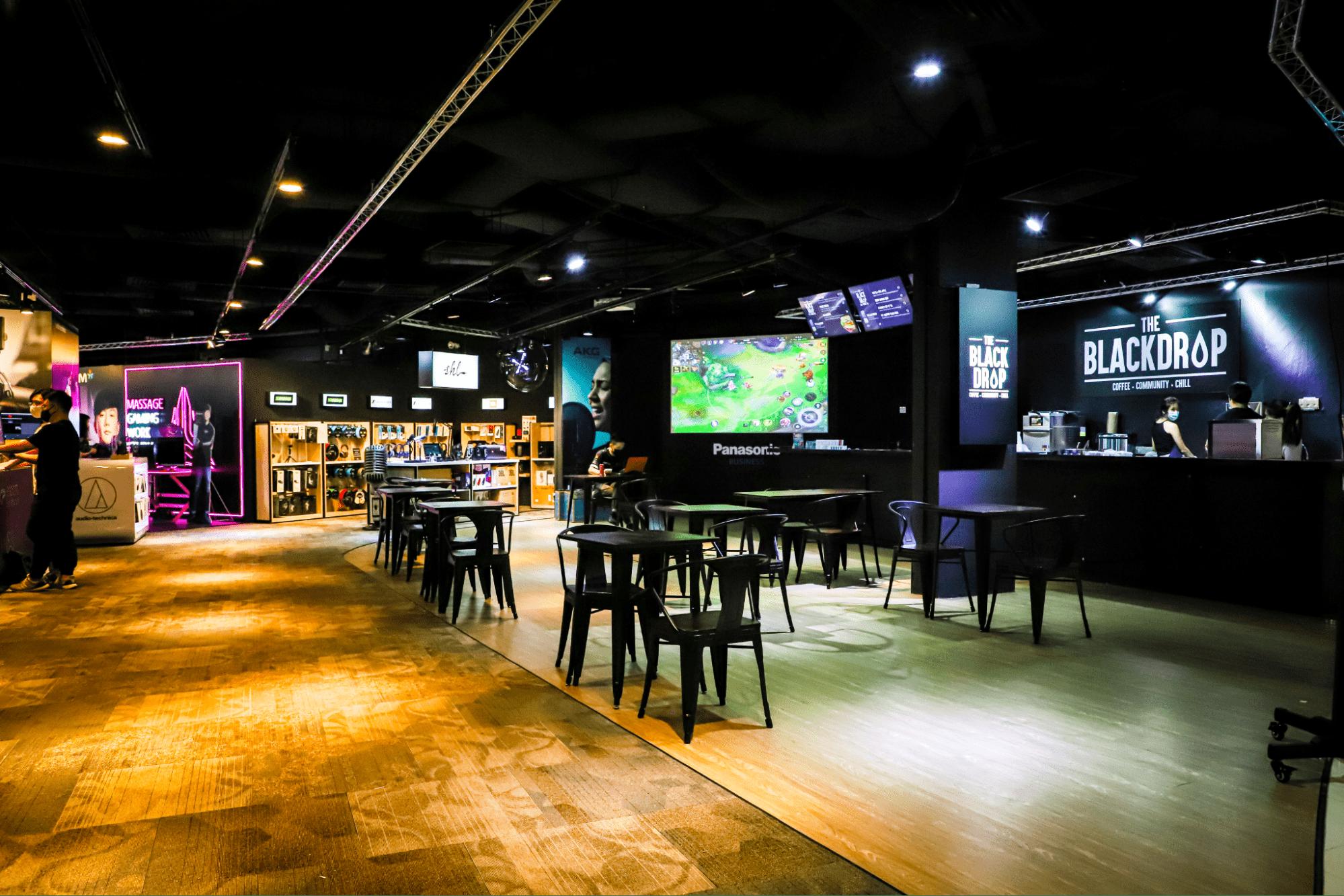 Esports experience centre - cafe