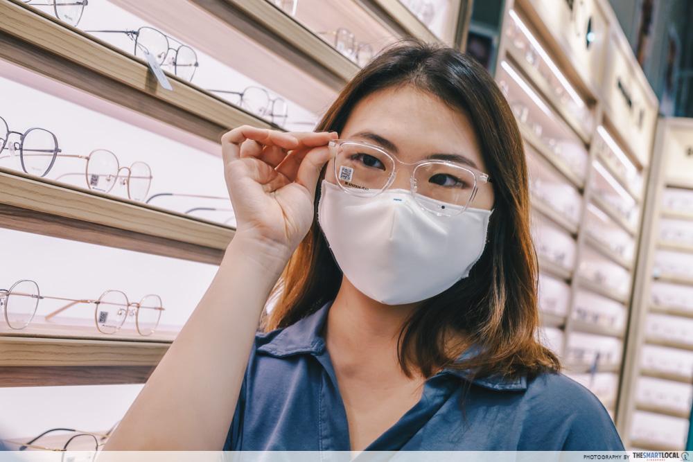 lenskart fashion wearing glasses