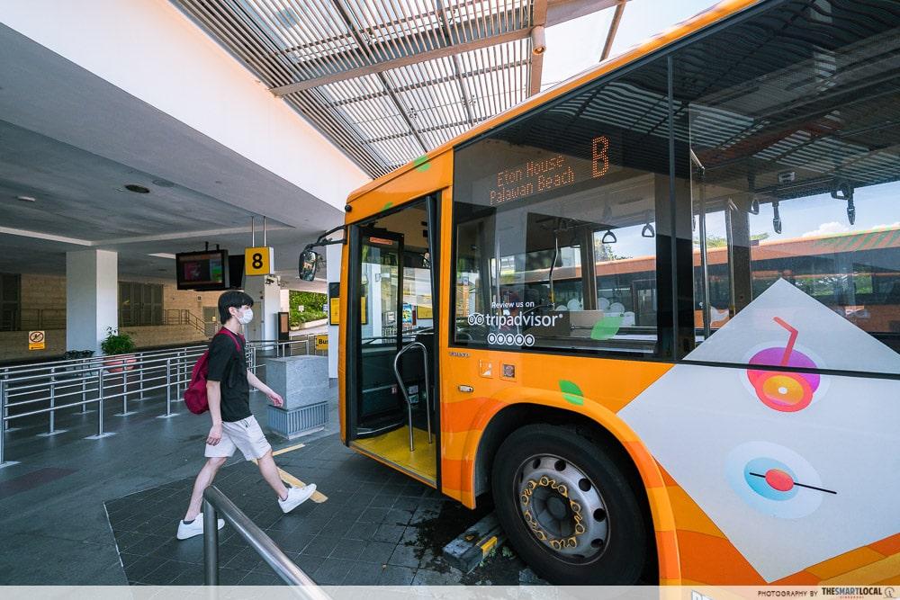 Sentosa SRV - Boarding Bus B