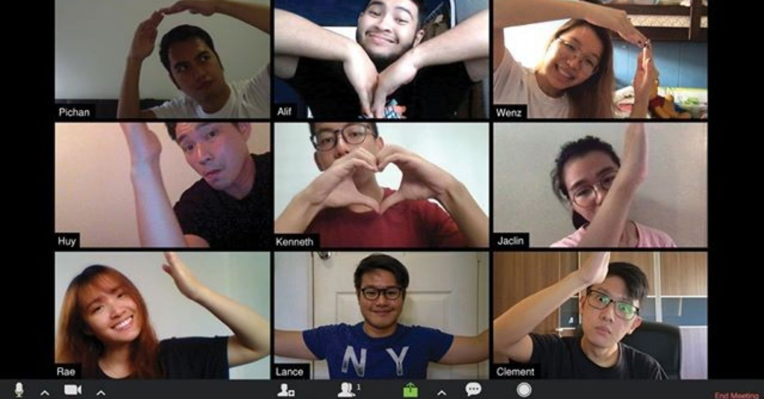 creative zoom group poses heart