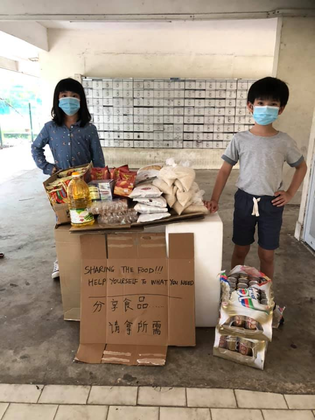 heartwarming stories singapore - unmanned free food pantry
