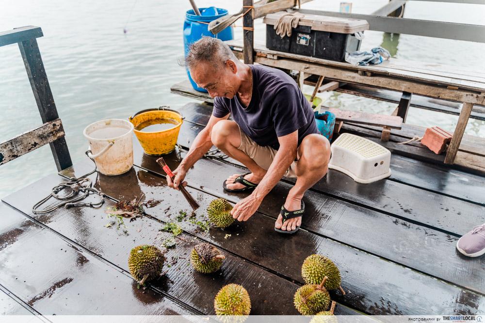 Jenal jetty - durian