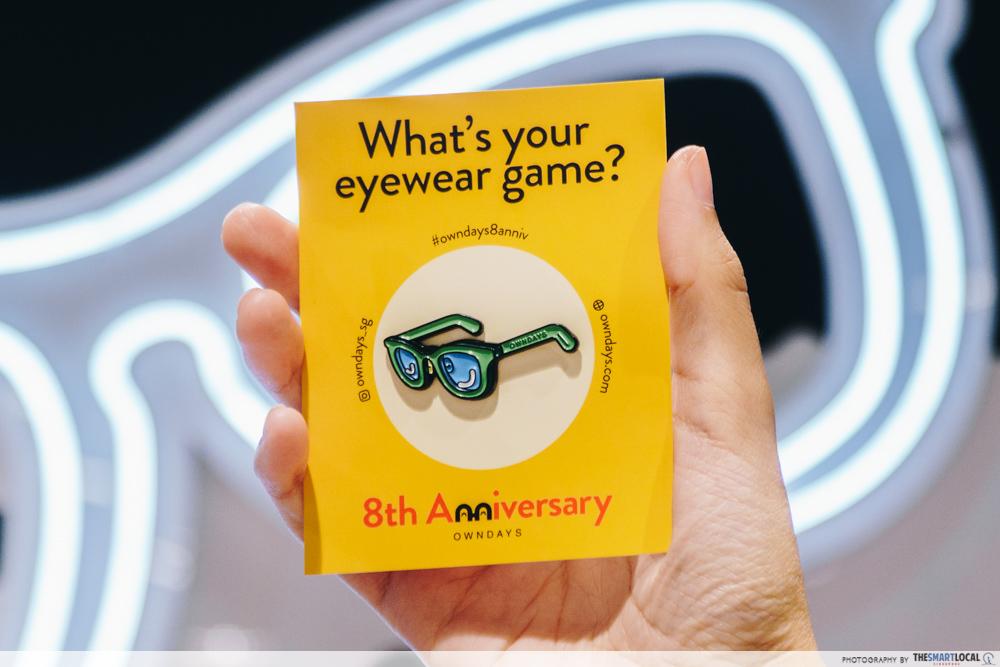 OWNDAYS 8th anniversary enamel pins