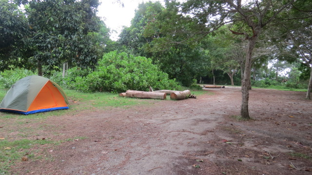camping in pulau ubin date ideas
