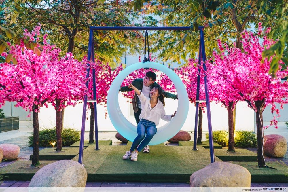 tanjong pagar art exhibit - glowing swings