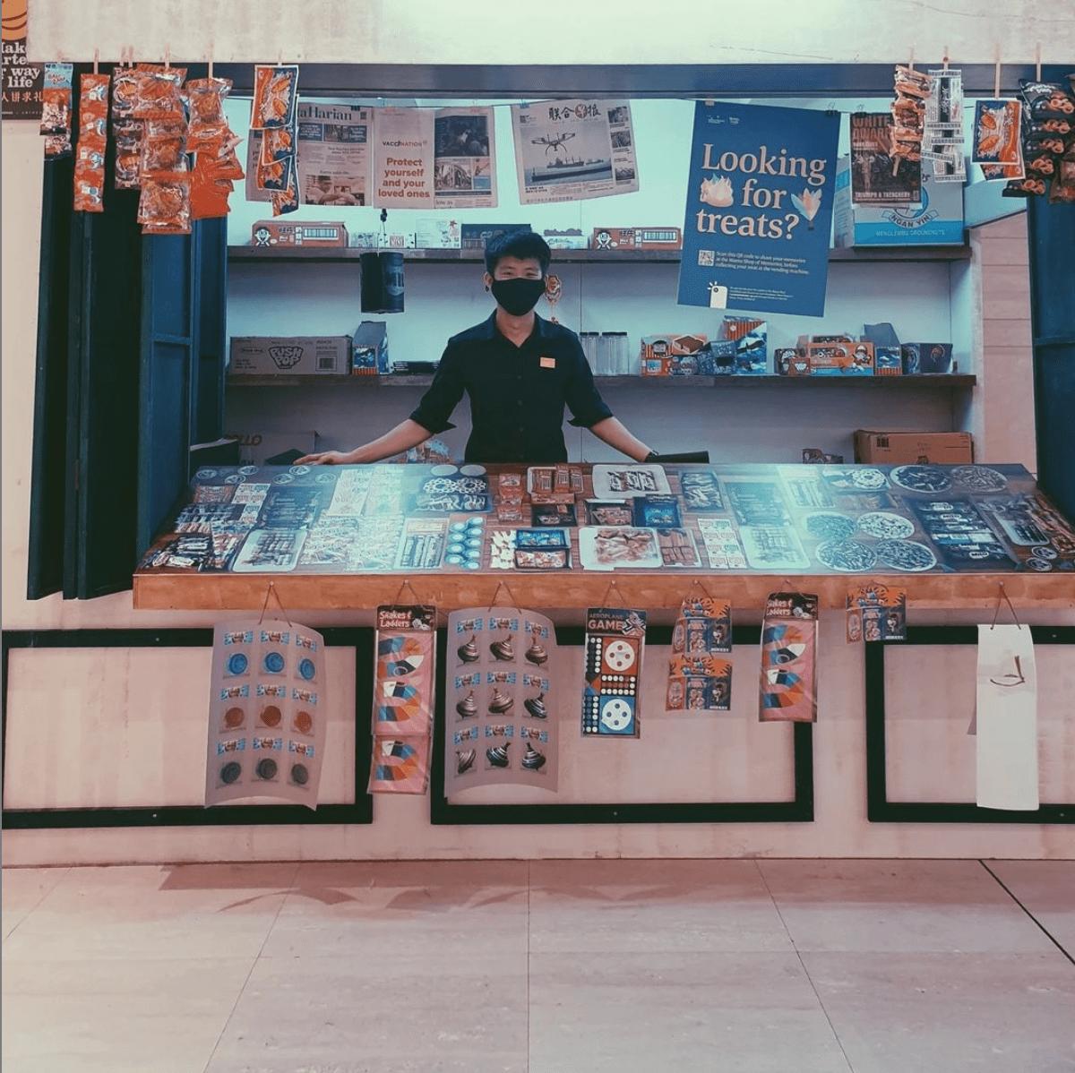 Old-school mama shop