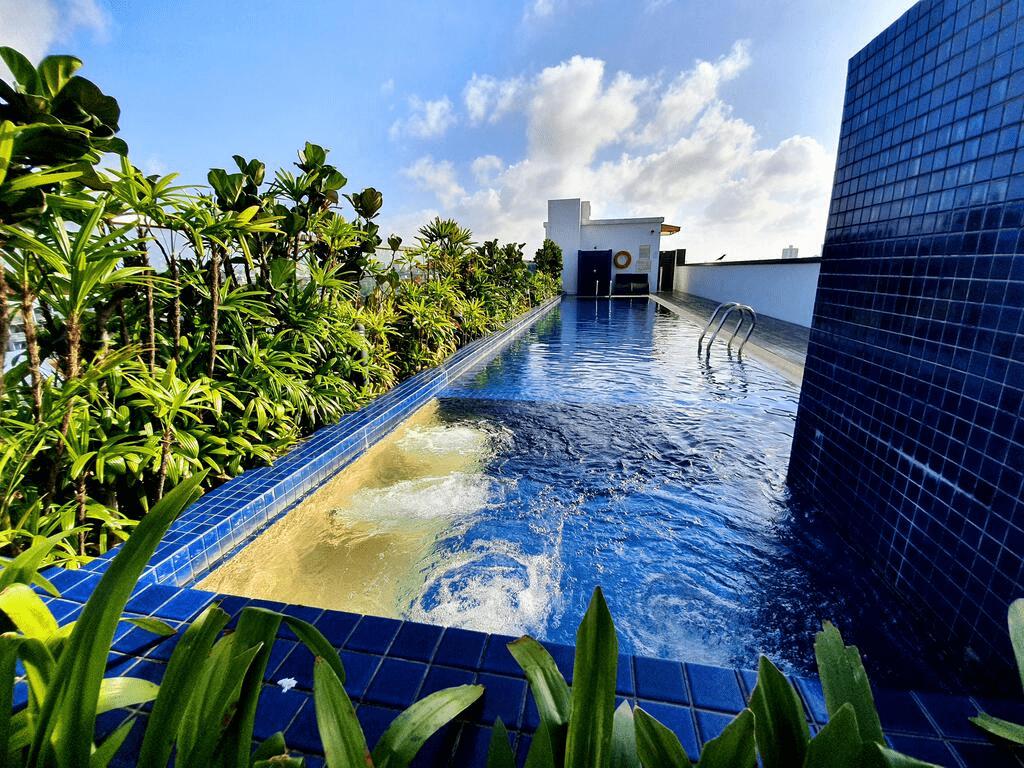 Santa Grand Hotel East Coast Rooftop Pool