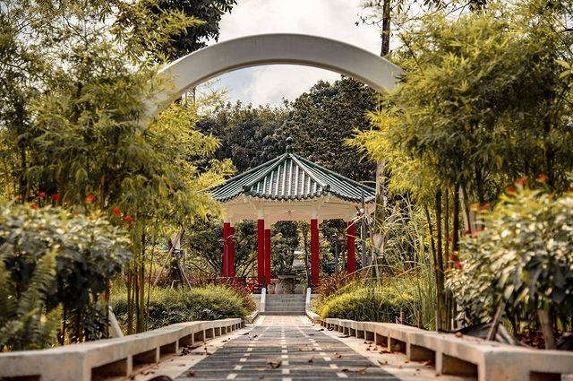 Pavillion Yunnan Garden