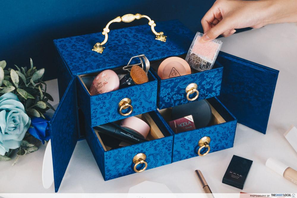 Mooncake Boxes 2021 to Repurpose - Ding Mooncake Makeup Box