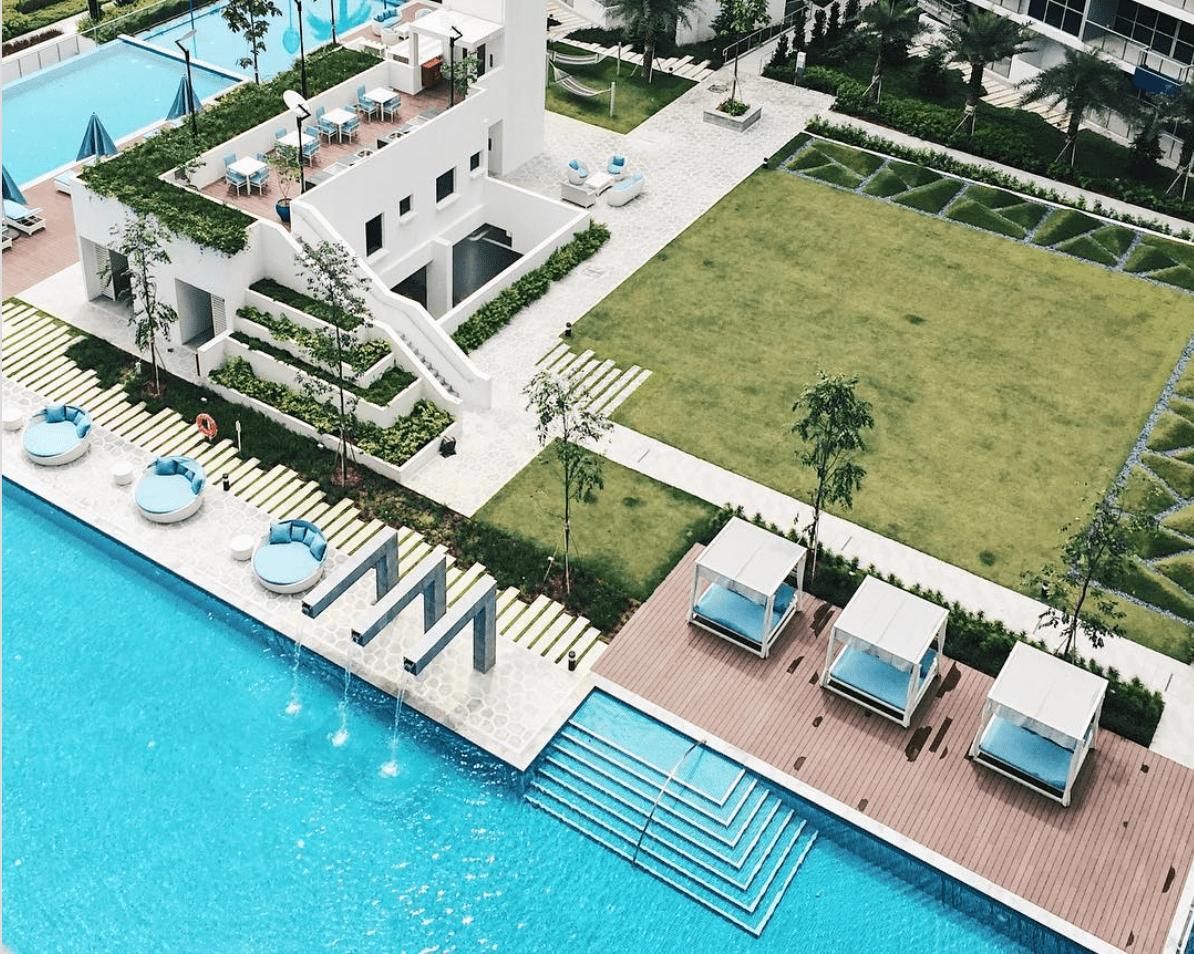 Best Condo Swimming Pools - The Santorini