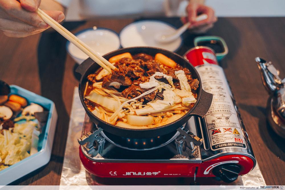 eatbox - mookata