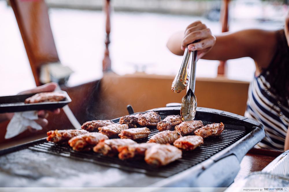 HK Junk Boat - barbeque