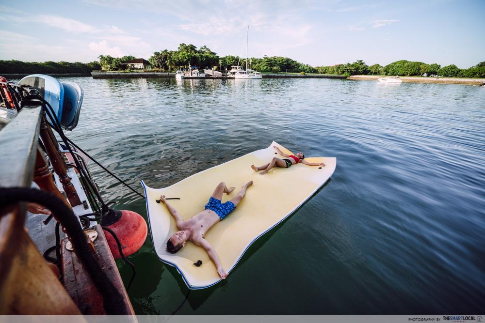 HK Junk Boat - aqua mat