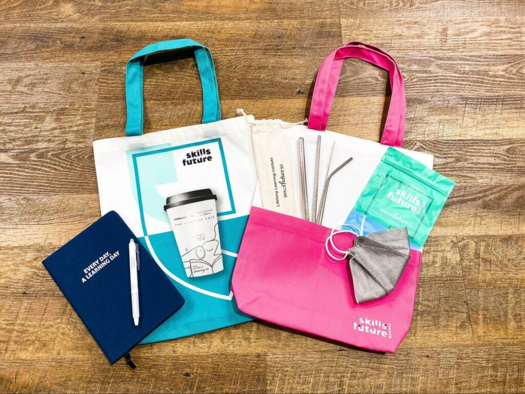 Starbucks x LLI Learning Cafe - Exclusive goodie bag