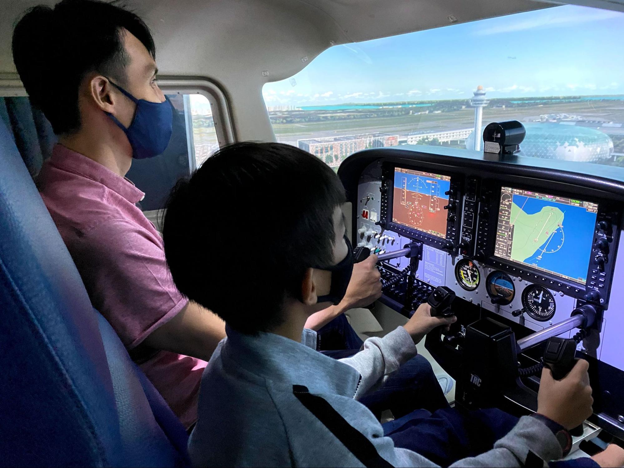 Take Flight At Changi Airport - flight simulation experience