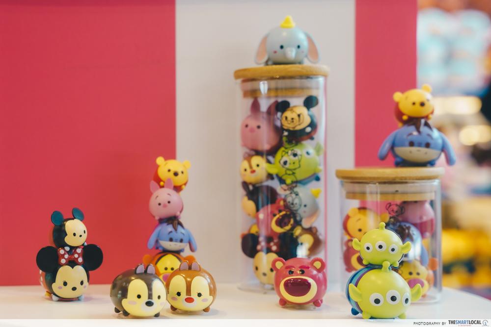 downtown east - mini figurines