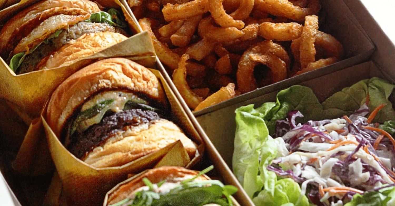 25 Degrees Burger, Wine & Liquor Bar