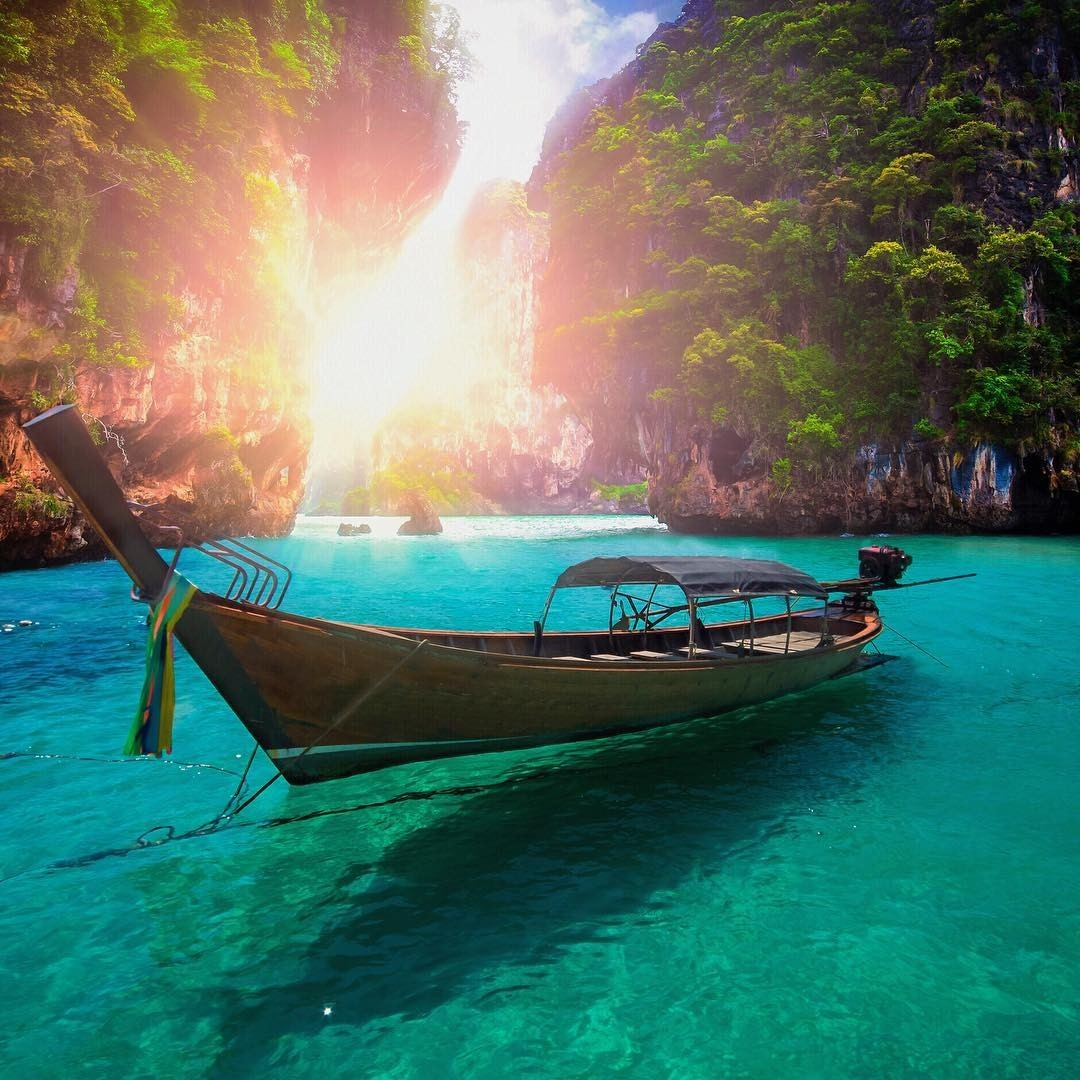 Day trips from Phuket - Pi-Le Cove