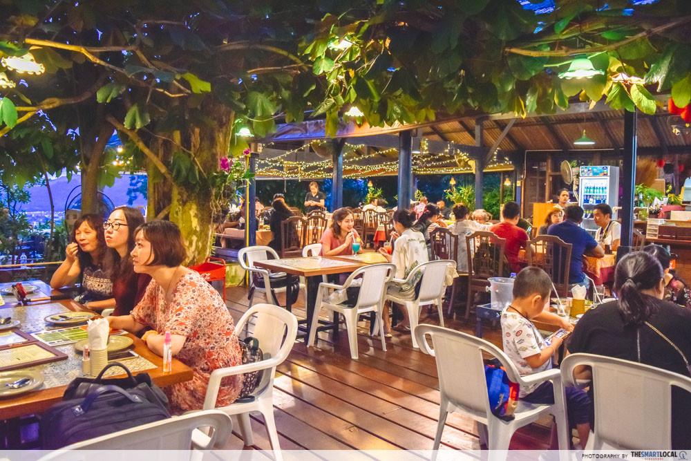 Phuket cafes - Tung Ka Cafe