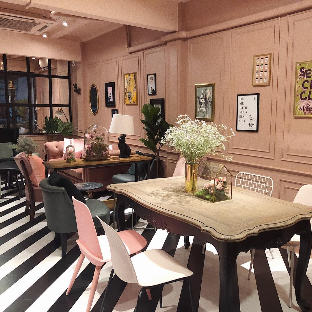 seoulcial club pink cafe themed restaurant shop bangkok tiger bubble tea soft serve