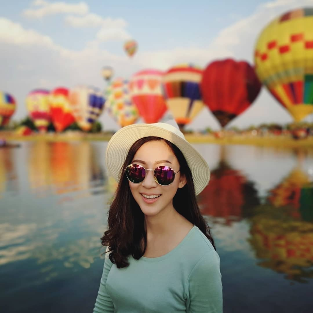 singha park thailand chiang rai airasia flower fields hot air balloon cosmos